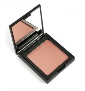 blush-sea-of-love-light-brown-003-defa-cosmetics-02