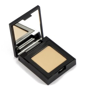 concealer-light-001-defa-cosmetics-02_1