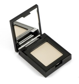 eyeshadow-moloko-white-001-defa-cosmetics-02