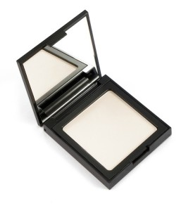 powder-light-001-defa-cosmetics-02